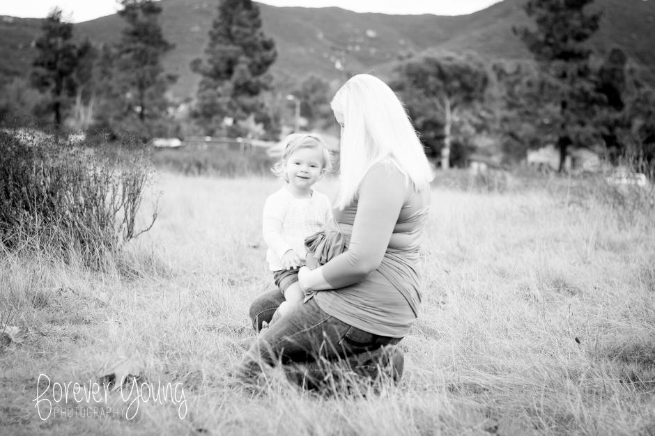 The DePrizio Family | Maternity Portraits | Mission Trails-16