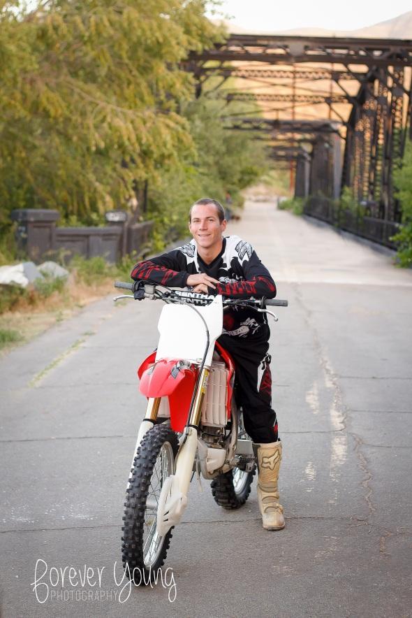 Jeff | Senior Portraits | Rancho San Diego-55