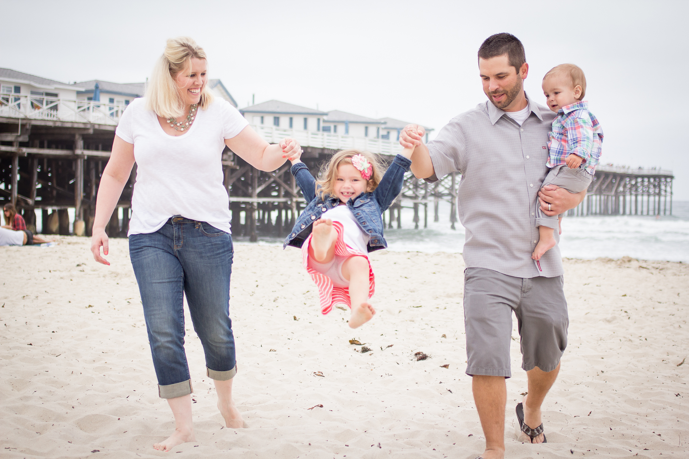 Family Portraits | Pacific Beach | Forever Young Photography By Paige-10