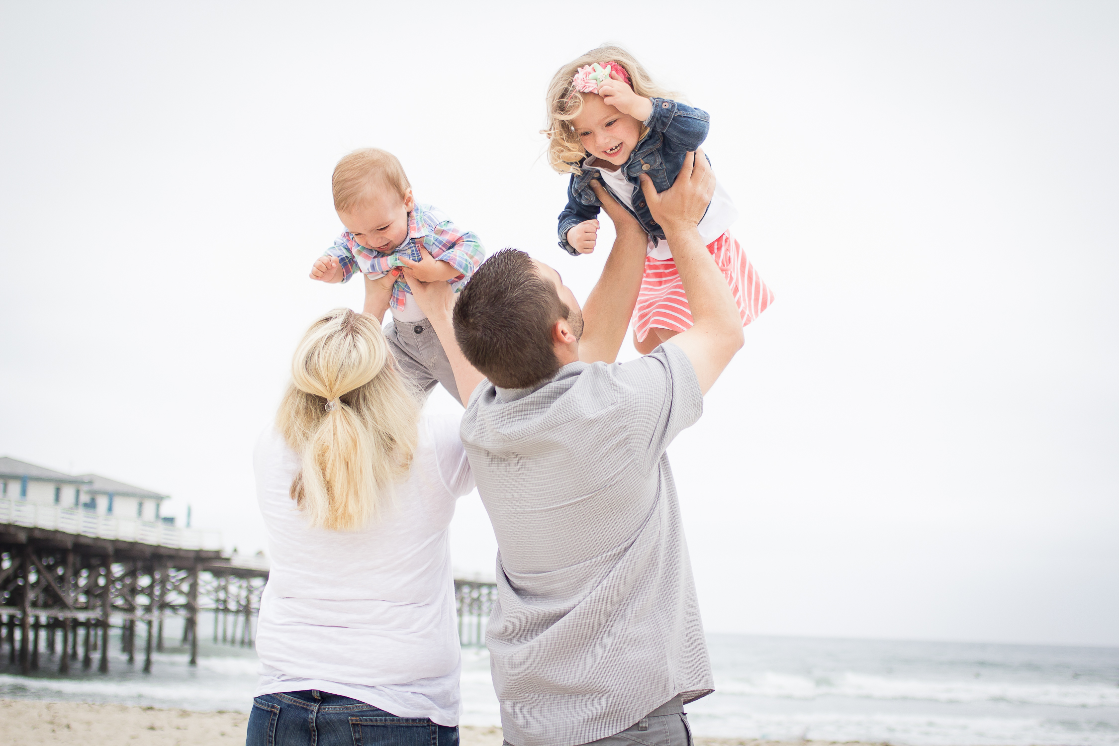 Family Portraits | Pacific Beach | Forever Young Photography By Paige-13