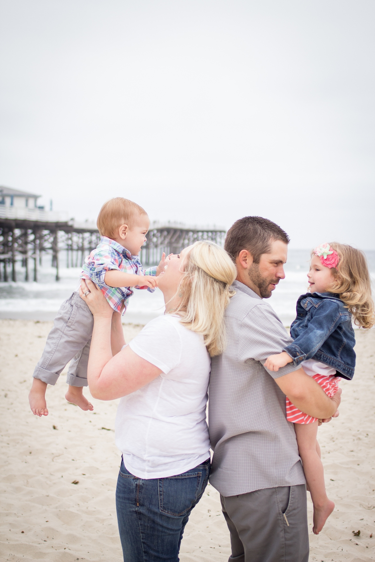 Family Portraits | Pacific Beach | Forever Young Photography By Paige-15