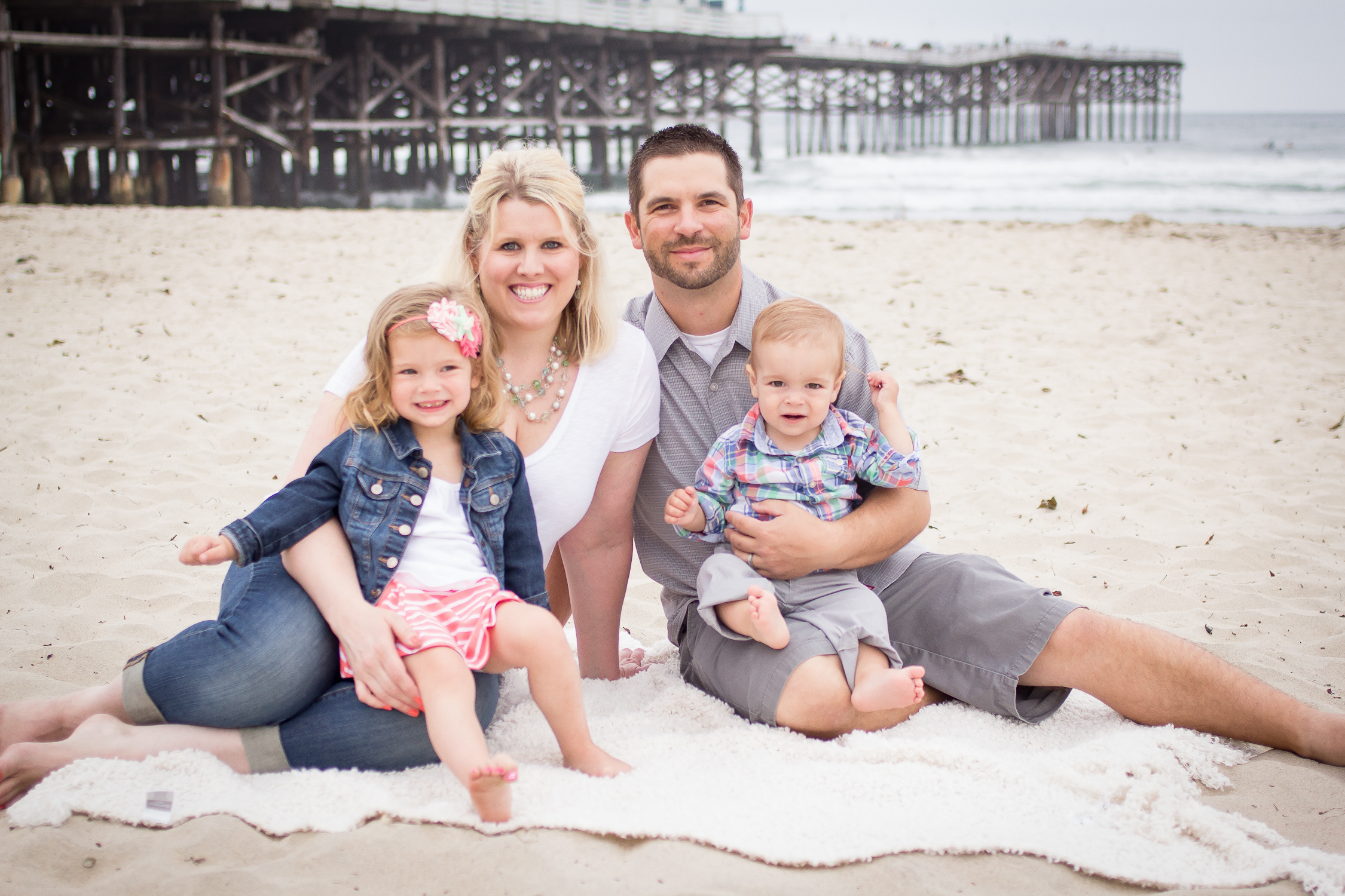 Family Portraits | Pacific Beach | Forever Young Photography By Paige-18