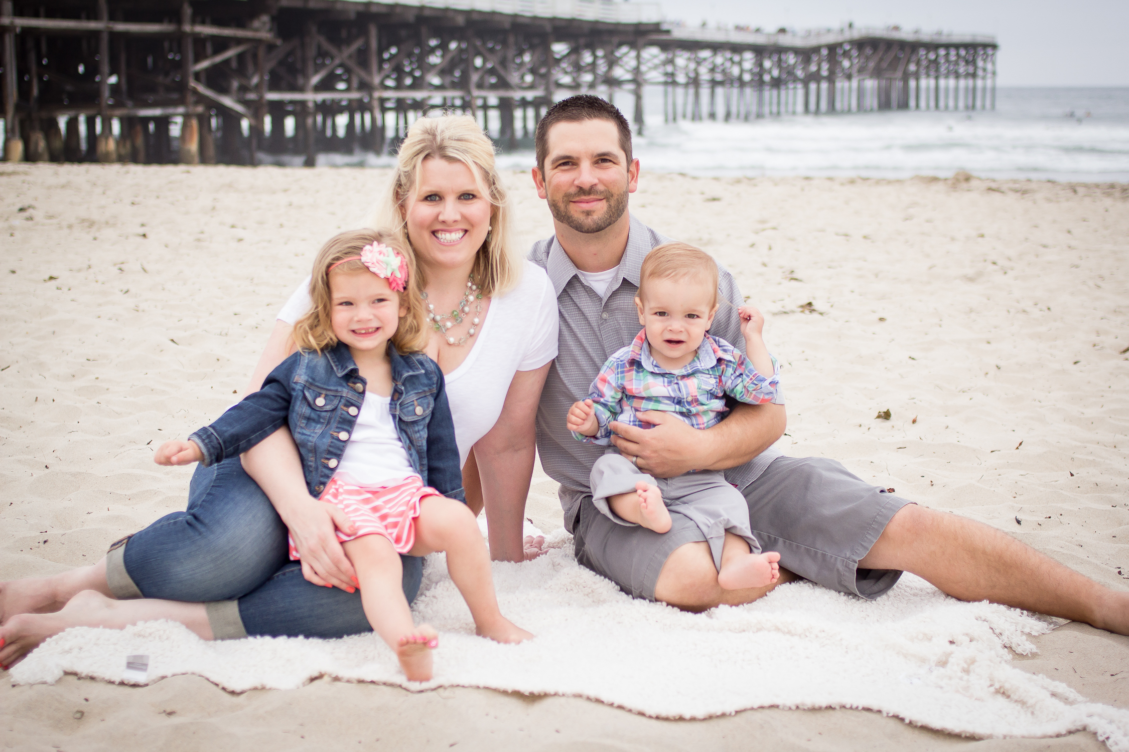 Family Portraits | Pacific Beach | Forever Young Photography By Paige-19
