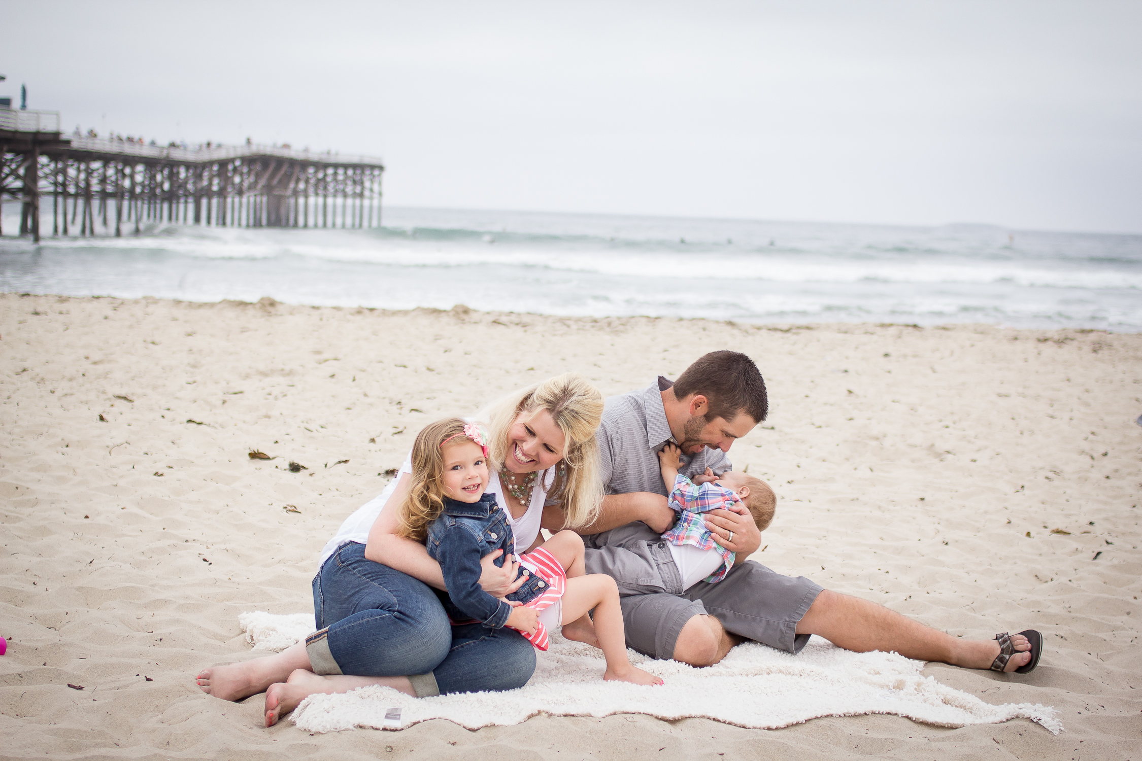 Family Portraits | Pacific Beach | Forever Young Photography By Paige-20