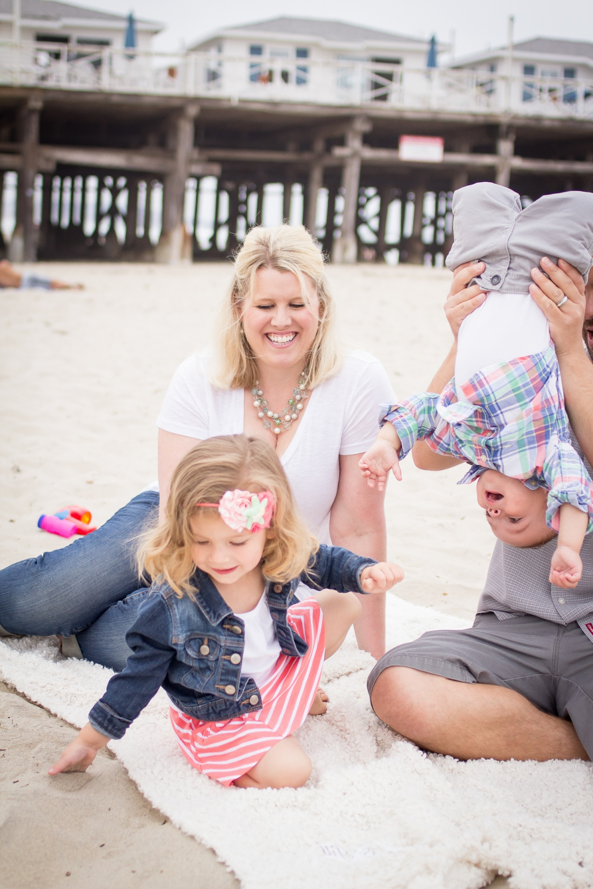 Family Portraits | Pacific Beach | Forever Young Photography By Paige-22