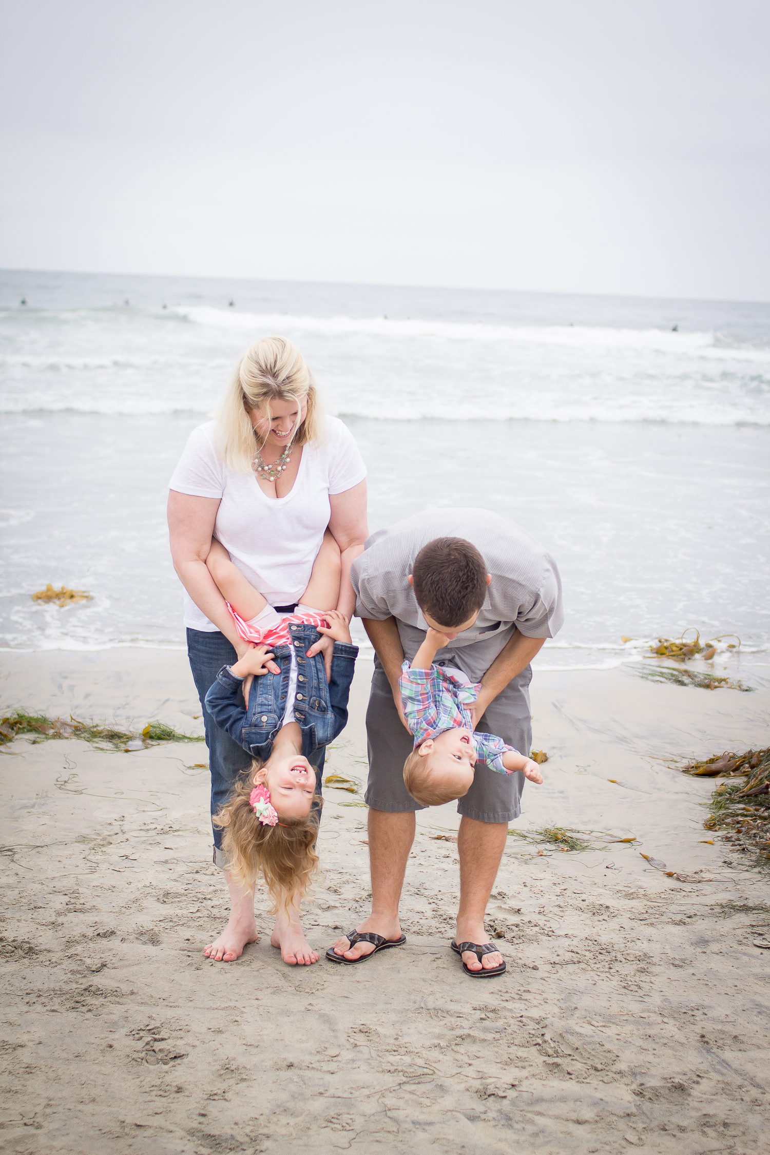 Family Portraits | Pacific Beach | Forever Young Photography By Paige-39