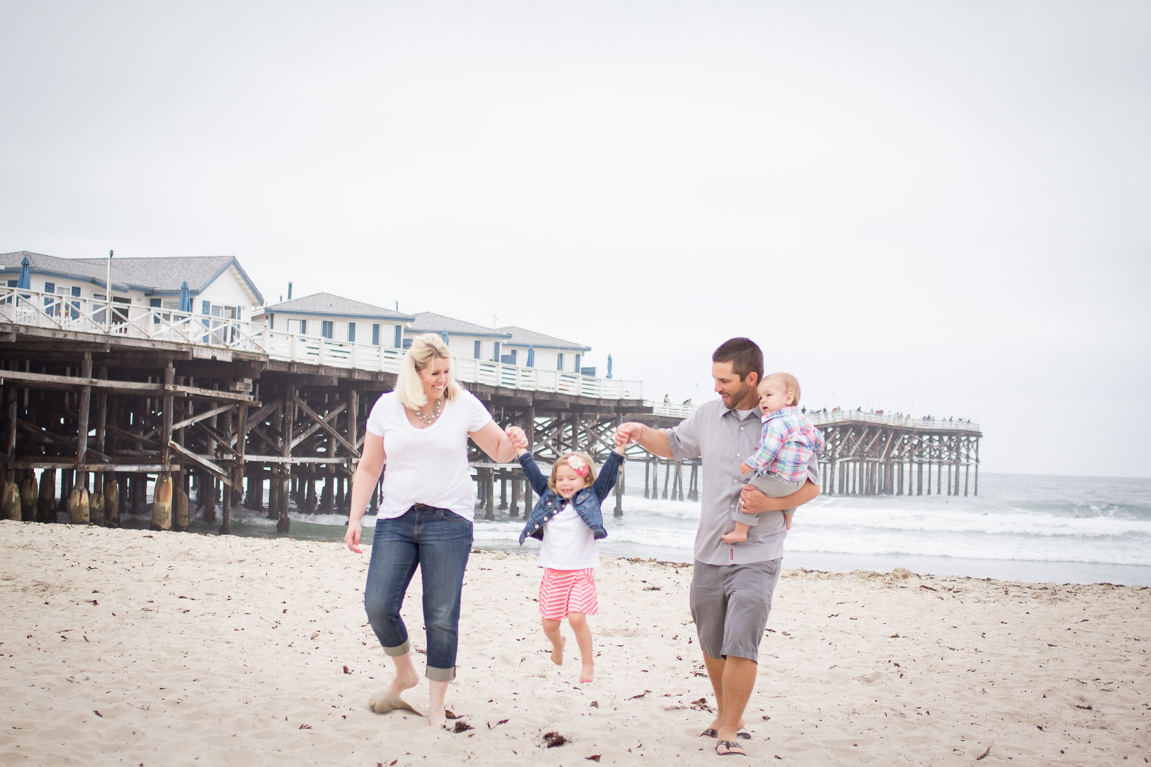 Family Portraits | Pacific Beach | Forever Young Photography By Paige-8