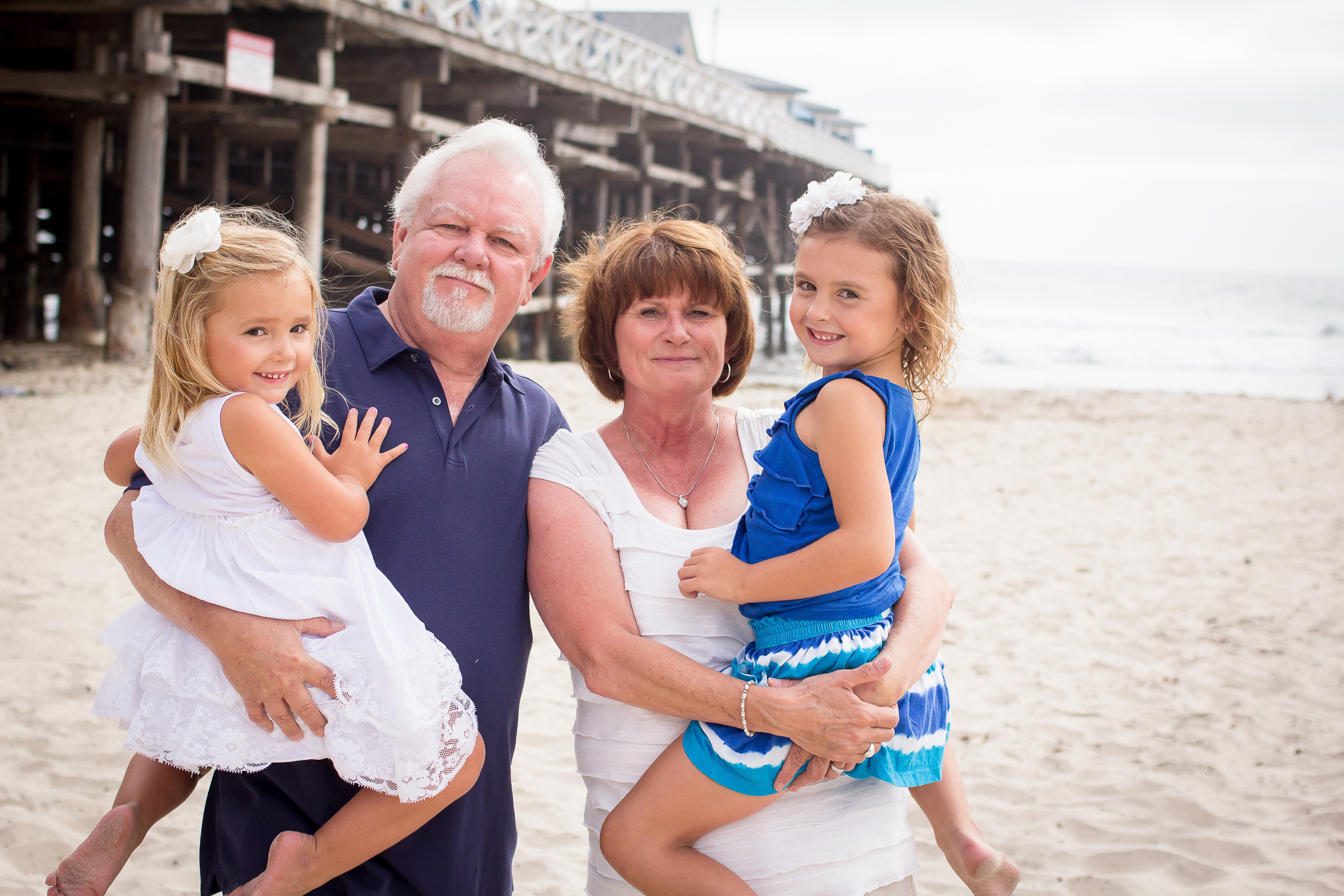 The Taylor Family | Pacific Beach | Forever Young Photography By Paige-6