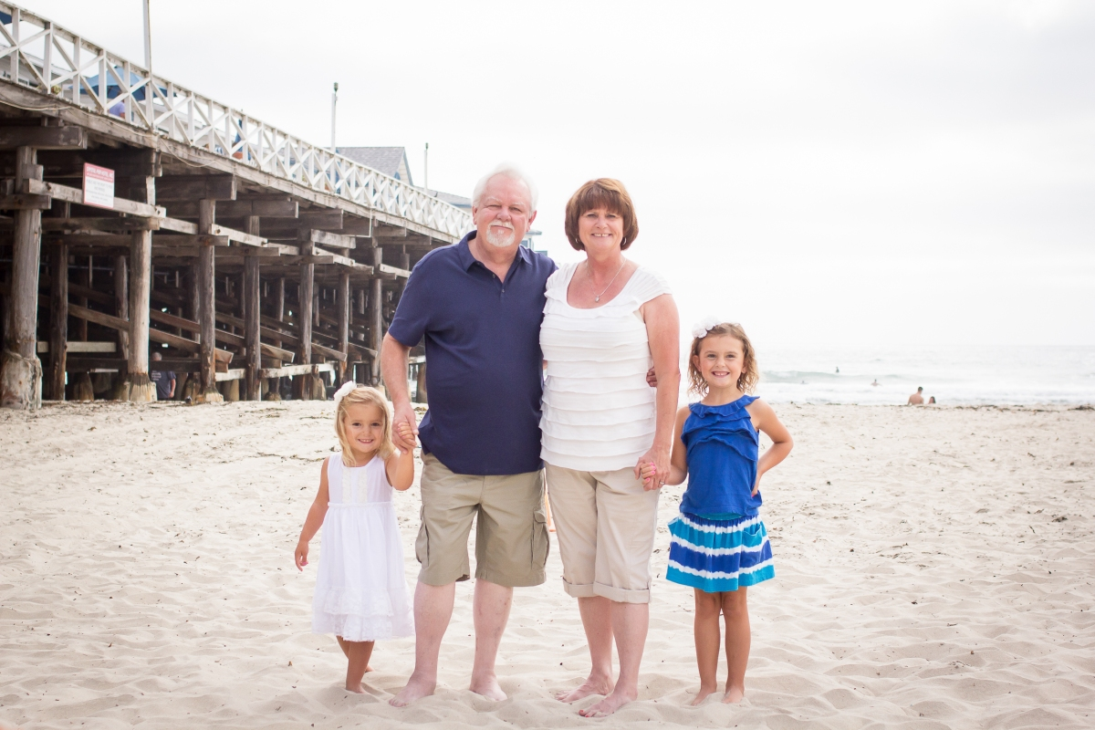 The Taylor Family | Pacific Beach | Forever Young Photography By Paige-8