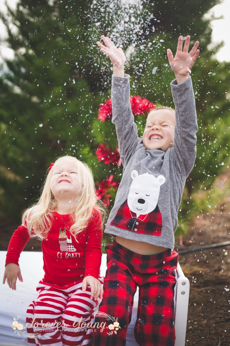 San Diego Christmas Tree Farm Photoshoot | Forever Young Photography By Paige-111
