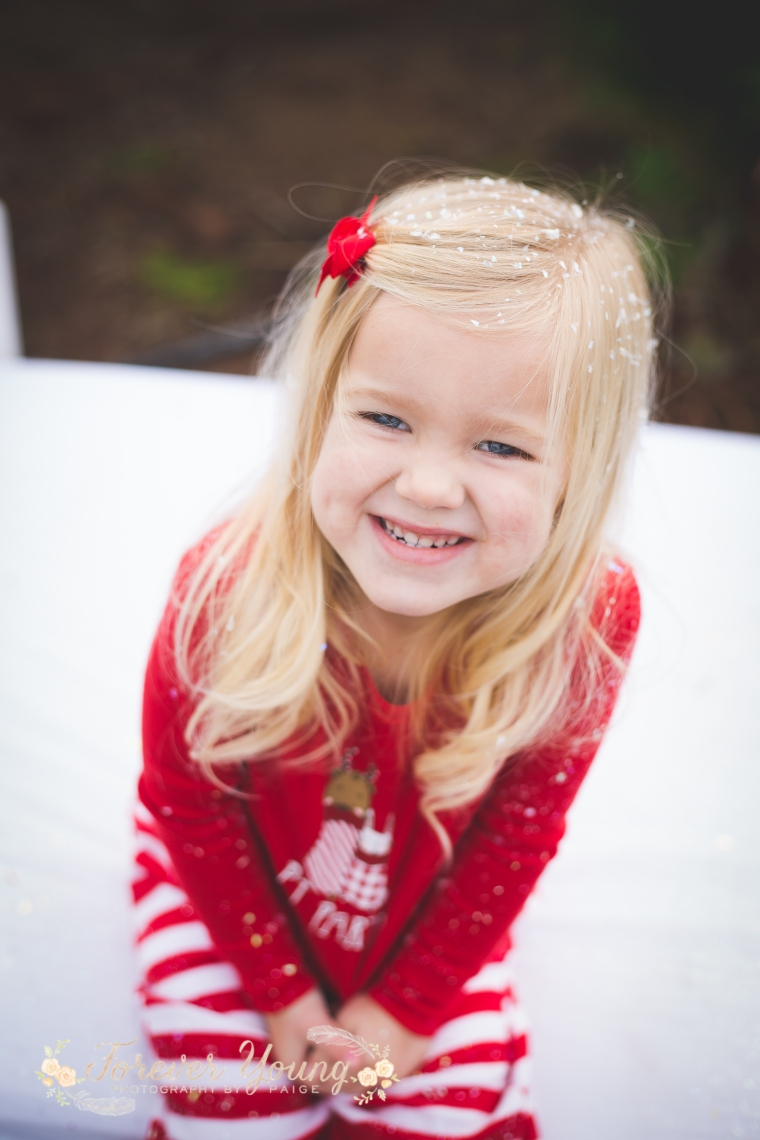 San Diego Christmas Tree Farm Photoshoot | Forever Young Photography By Paige-121