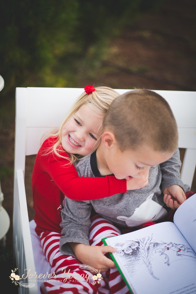 San Diego Christmas Tree Farm Photoshoot | Forever Young Photography By Paige-37
