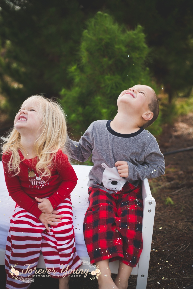 San Diego Christmas Tree Farm Photoshoot | Forever Young Photography By Paige-51