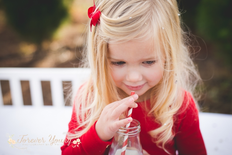 San Diego Christmas Tree Farm Photoshoot | Forever Young Photography By Paige-58
