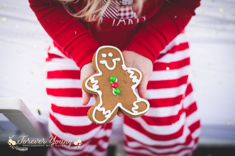 San Diego Christmas Tree Farm Photoshoot | Forever Young Photography By Paige-62