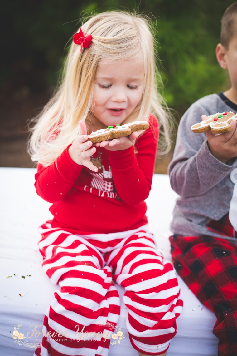 San Diego Christmas Tree Farm Photoshoot | Forever Young Photography By Paige-66