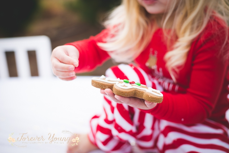 San Diego Christmas Tree Farm Photoshoot | Forever Young Photography By Paige-72